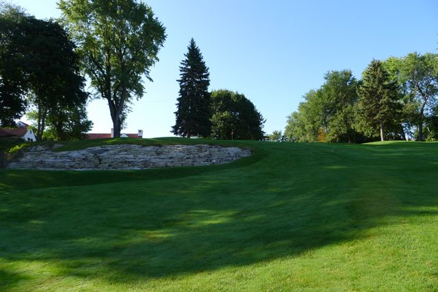 03 Hole 11 Greenside view