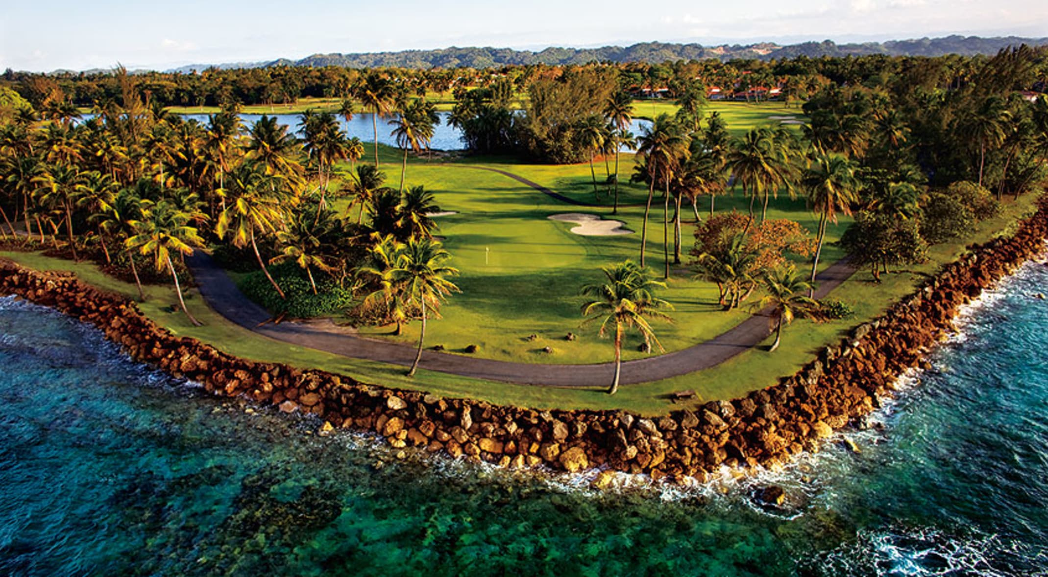 Top Five Caribbean Golf Courses For a Winter Getaway